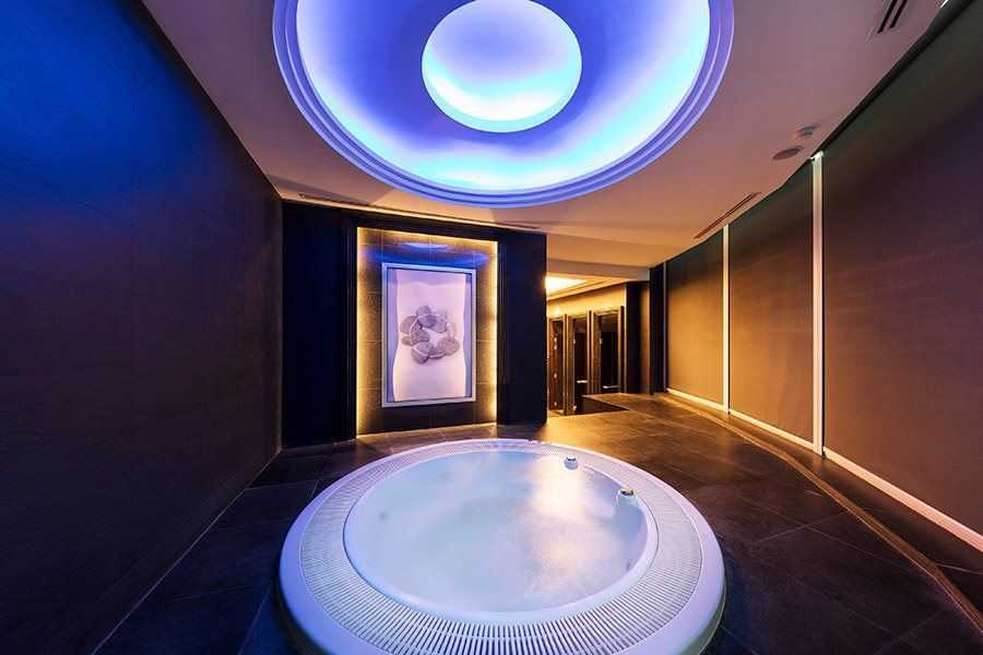Jacuzzi, Sauna & Steam Room Sukhumvit
